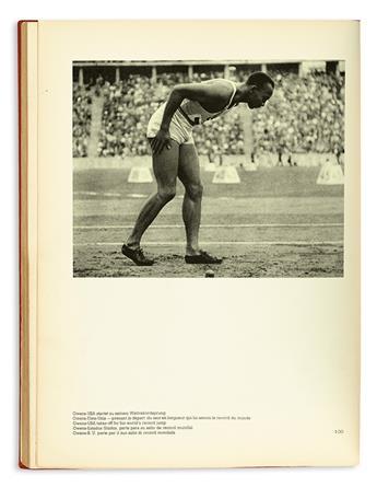 (SPORT--TRACK.) Schönheit im Olympischen Kampf (Beauty in the Olympic Field).
