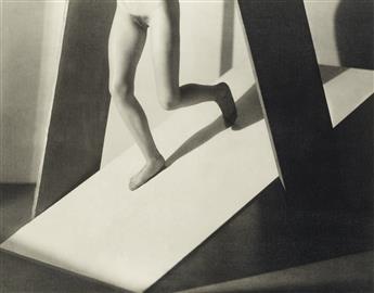 (FRANTIŠEK DRTIKOL) (1883-1961) František Drtikol: 10 Modernist Nudes.